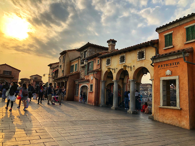 architecture-street-city-travel-town picture material