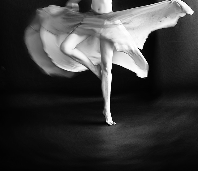 ballet-ballerina-monochrome-girl-art picture material