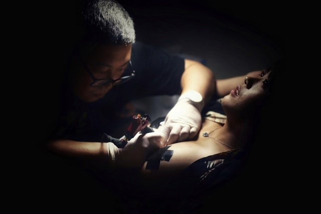 light-girl-mood-tattoo-working-picture picture material