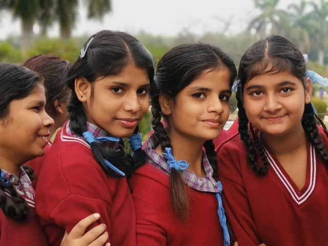 little-girl-in-new-delhi-people-youth-community-child picture material