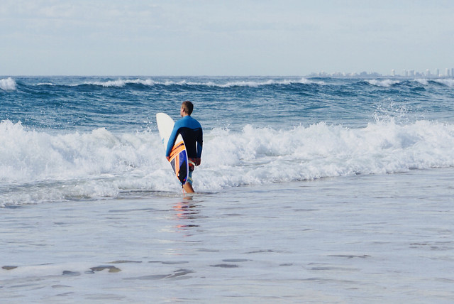 surf-sea-surfboarding-action-wave picture material