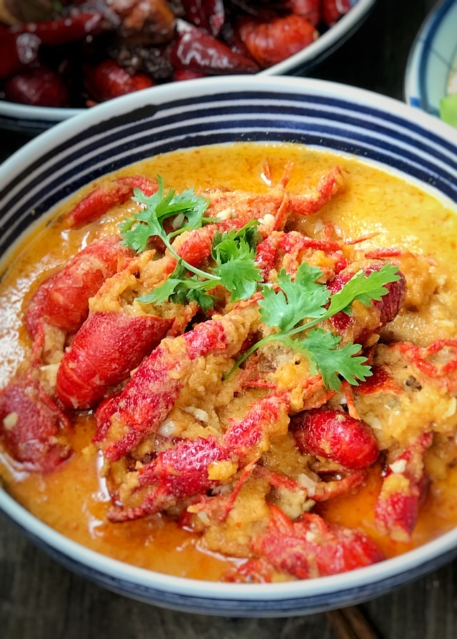 dish-food-stew-garlic-crayfish-no-person picture material