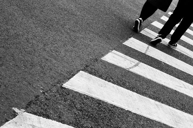asphalt-road-monochrome-shadow-lane picture material