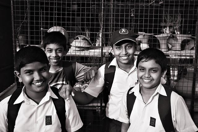 srilanka-children picture material