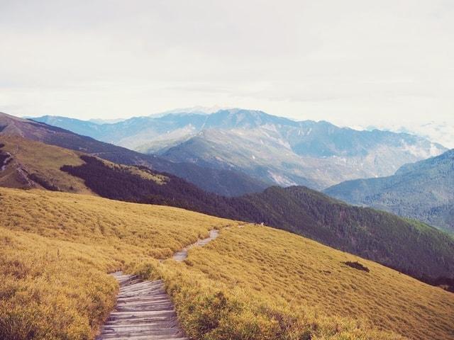highland-ridge-mountainous-landforms-wilderness-mountain picture material