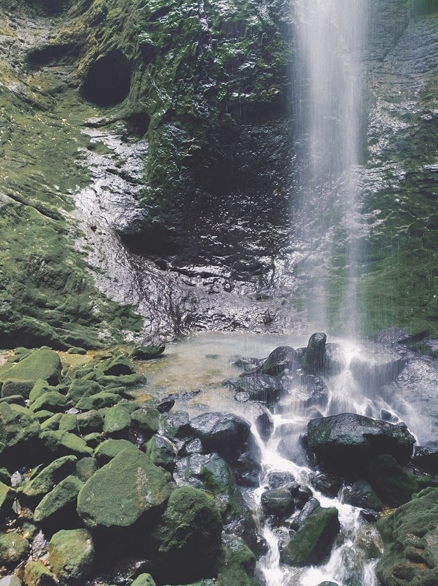 water-resources-body-of-water-waterfall-water-nature 图片素材
