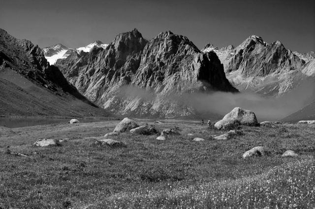 year-of-the-treasure-mountainous-landforms-mountain-white-nature 图片素材