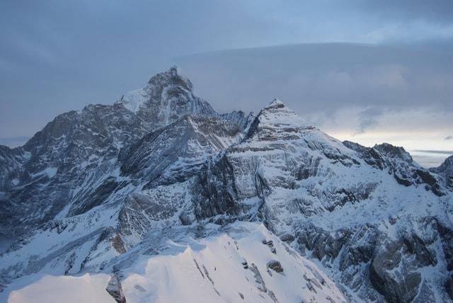 snow-mountain-mountain-climbing-tourism-outdoor-siguniang-mountain 图片素材