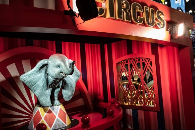 circus-life-hong-kong-exhibition-elephant picture material