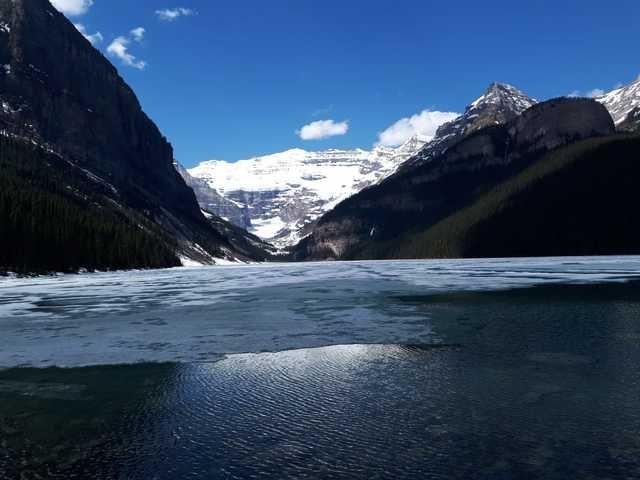 mountainous-landforms-mountain-natural-landscape-nature-sky 图片素材
