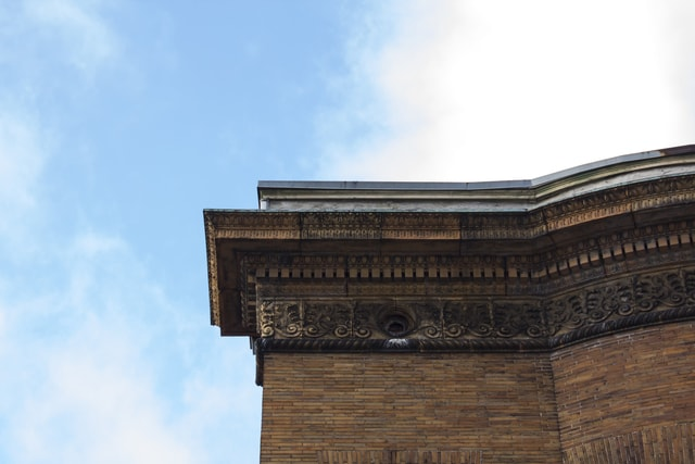 ornate-building-cornice-in-baltimore picture material