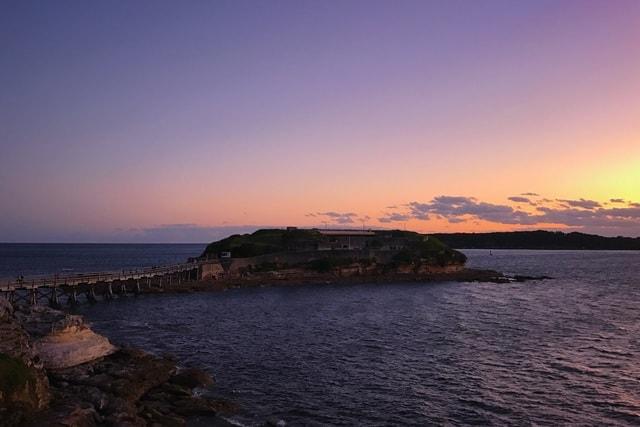 island-sunset-body-of-water-sky-sea 图片素材