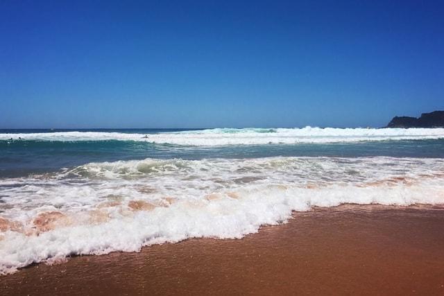 beach-body-of-water-sky-wave-sea 图片素材