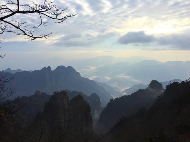 sky-mountainous-landforms-mountain-mountain-range-ridge picture material
