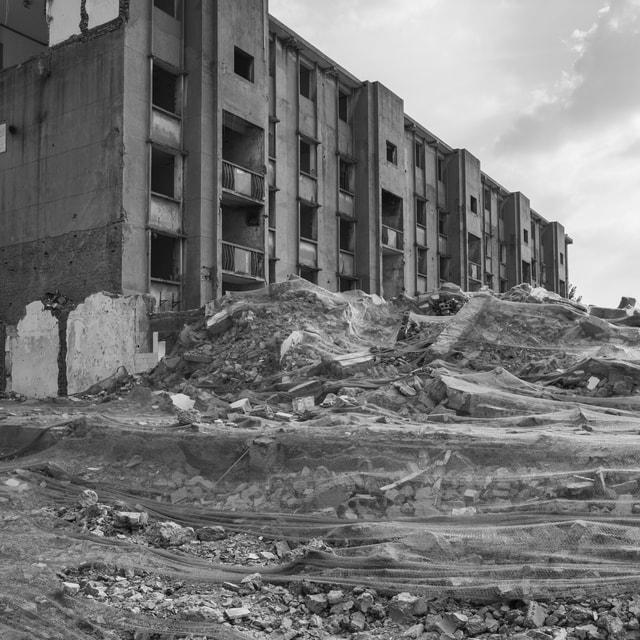 rubble-geological-phenomenon-black-and-white-building-monochrome 图片素材