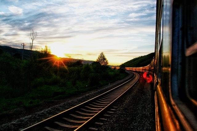 transport-sky-track-mode-of-transport-light 图片素材