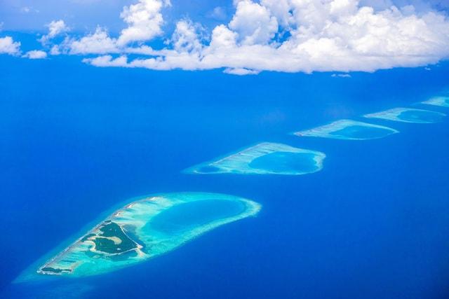 water-sea-sky-ocean-island picture material