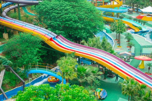 water-park-slides-water-park-slides 图片素材