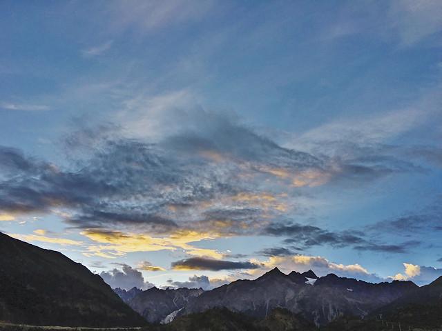 sky-mountain-cloud-dawn-landscape picture material