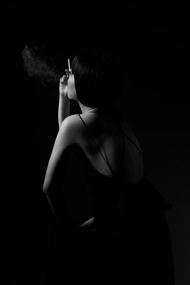 back-portrait-creative-woman-photography picture material