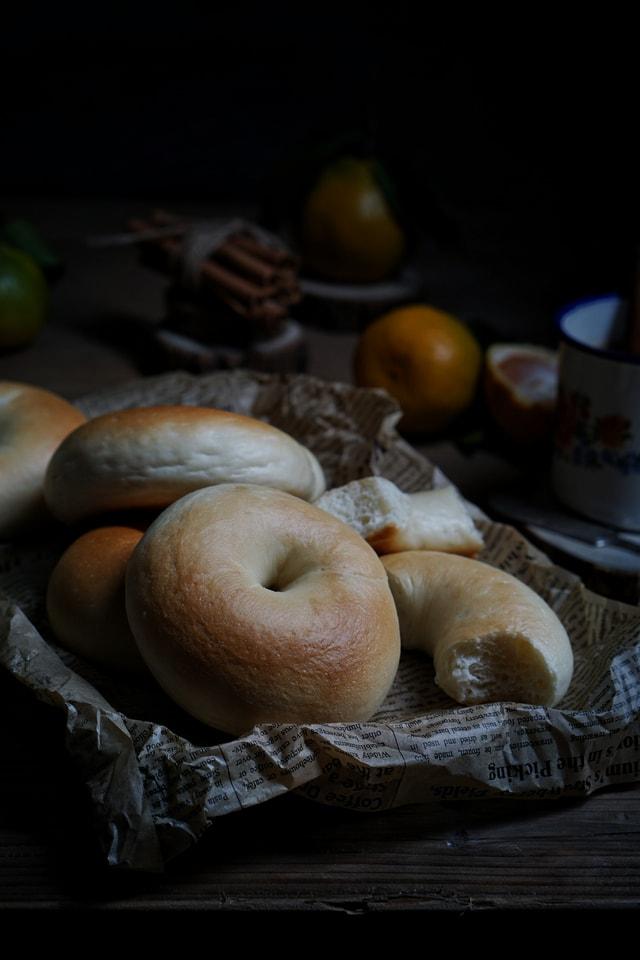 still-life-food-dark-tone-rustic-bread-bago picture material