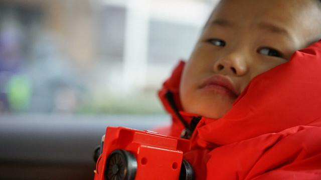child-people-red-one-portrait 图片素材