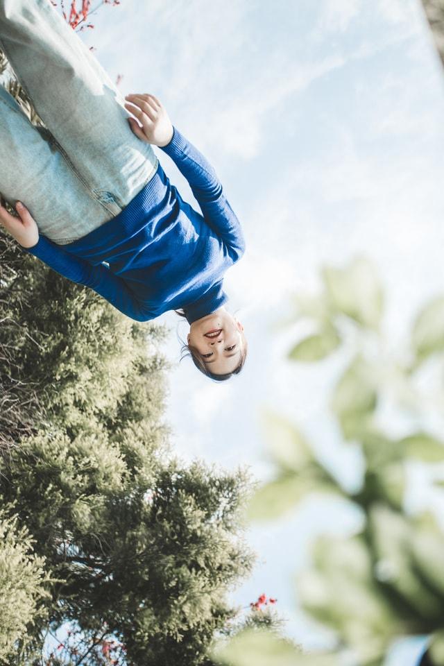 water-flip-(acrobatic)-sky-fun-tree picture material