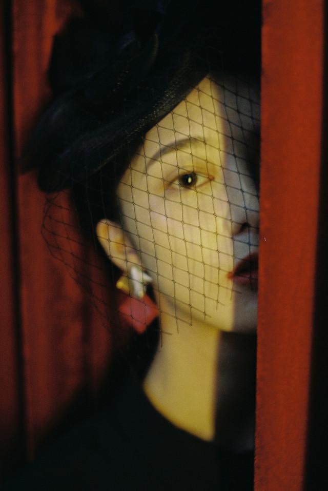 girl-art-film-mood-portrait picture material