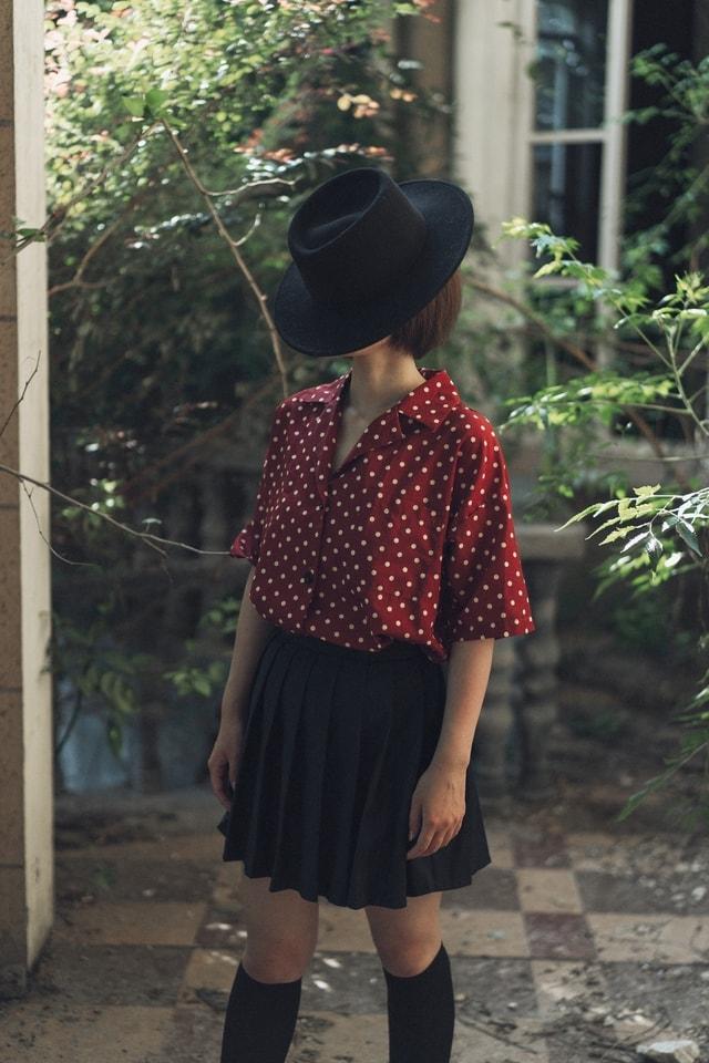 clothing-polka-dot-pattern-shoulder-design picture material
