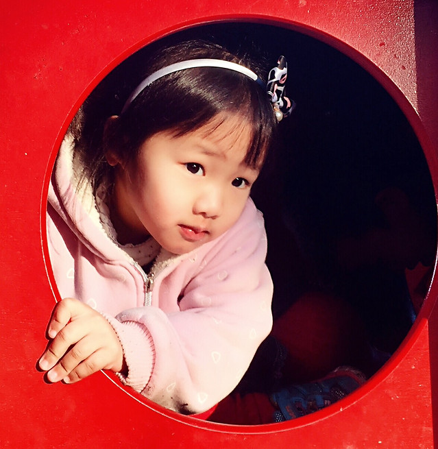 child-girl-cute-little-portrait 图片素材
