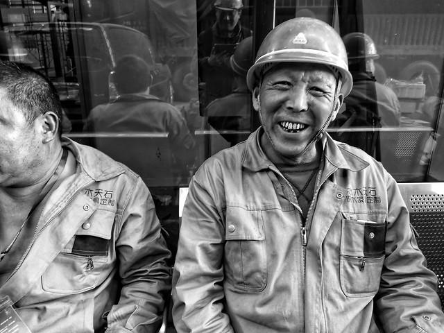 people-portrait-adult-man-military 图片素材