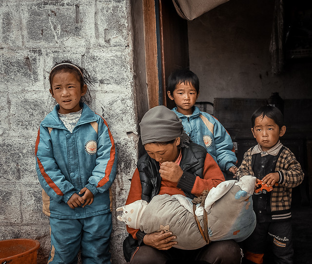 child-son-people-family-group 图片素材