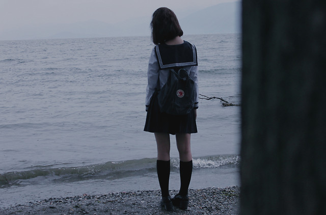 water-beach-sea-ocean-girl picture material