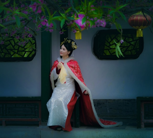 beauty-green-geisha-taiwanese-opera-traditional-chinese-musical-instruments picture material