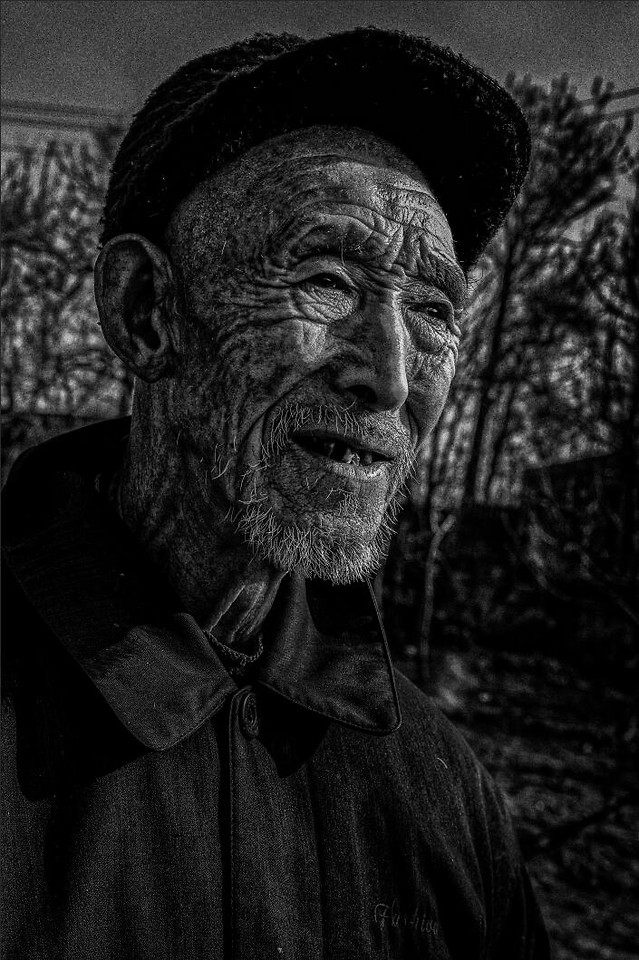 people-portrait-one-man-monochrome picture material