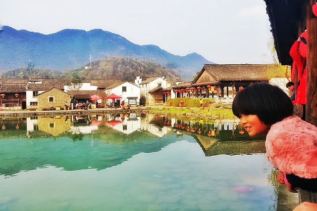 water-travel-people-landscape-lake picture material