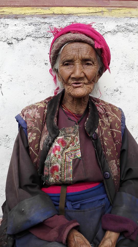 people-portrait-street-one-woman 图片素材