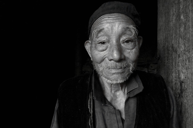 portrait-people-one-monochrome-elderly picture material