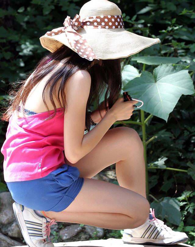 summer-woman-nature-fashion-girl picture material