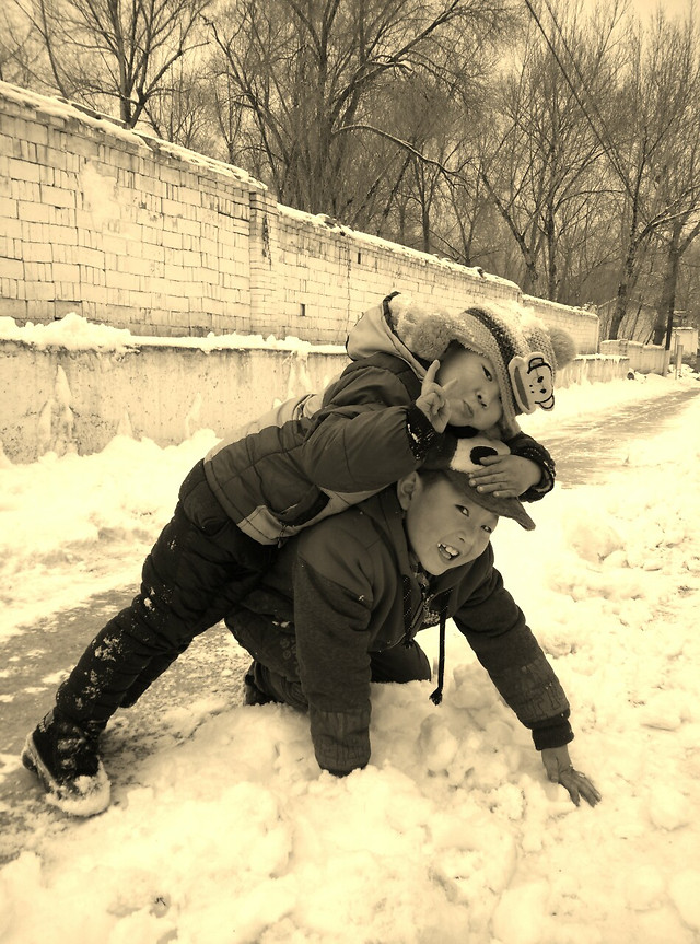 snow-winter-people-child-cold 图片素材