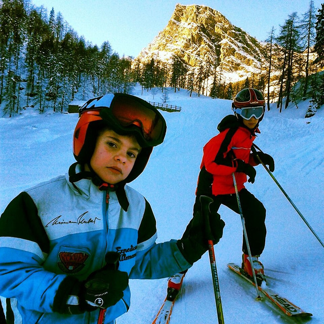 winter-snow-fun-adventure-mountain picture material