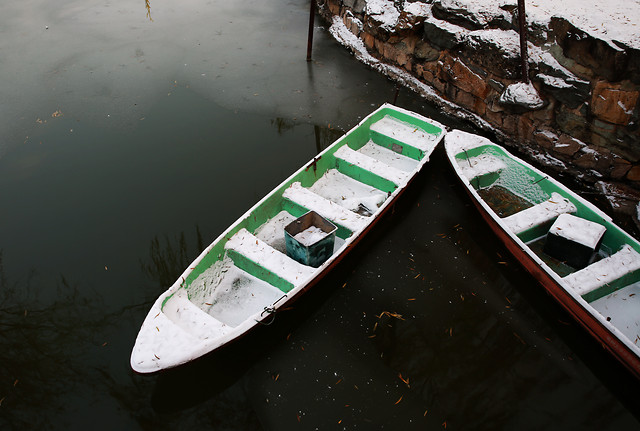 boat-watercraft-water-no-person-vehicle picture material