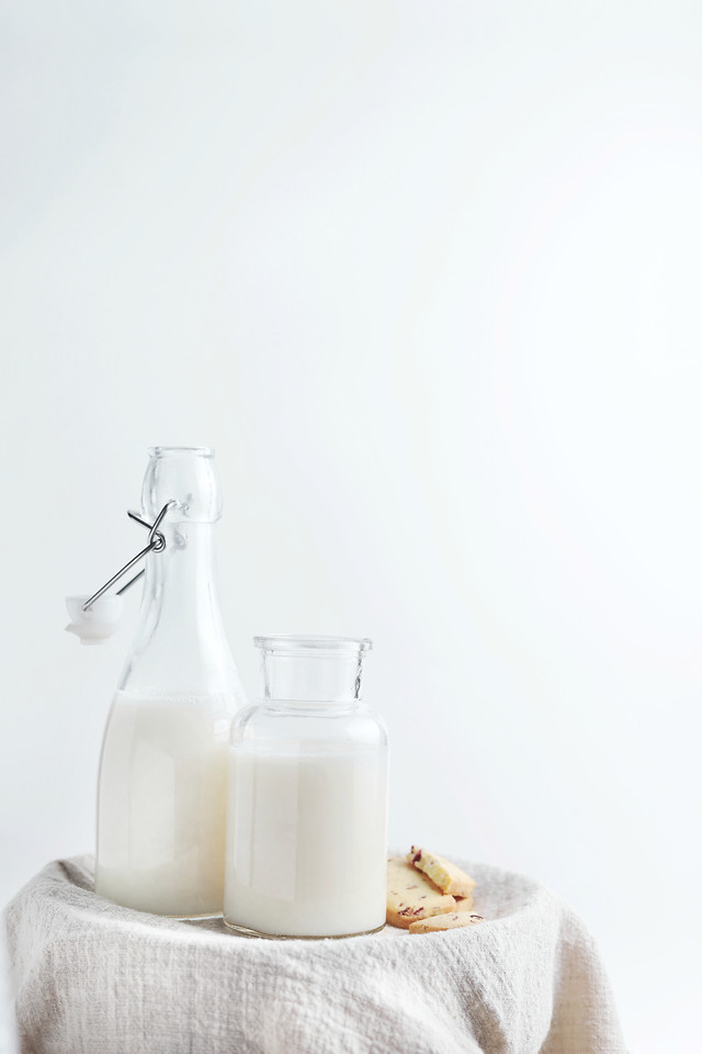 no-person-milk-bottle-container-purity picture material