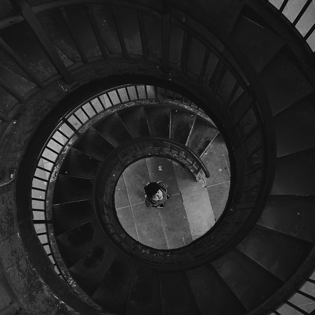 monochrome-step-no-person-spiral-light 图片素材