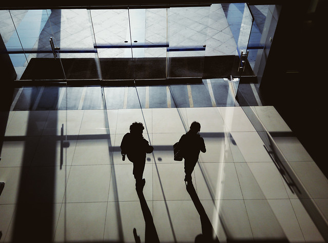 people-indoors-airport-business-light picture material