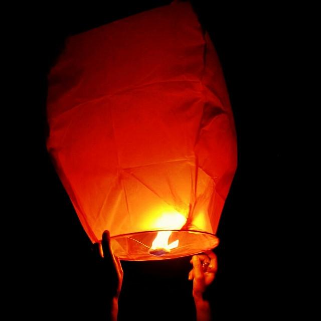 heat-light-flame-burnt-dark 图片素材