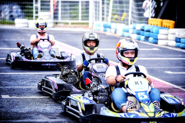 race-championship-competition-squad-track picture material