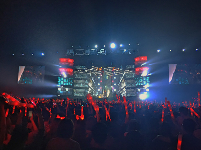 stage-concert-light-crowd-performance picture material