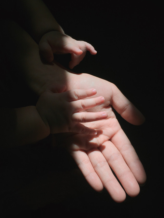 people-hand-woman-support-skin picture material
