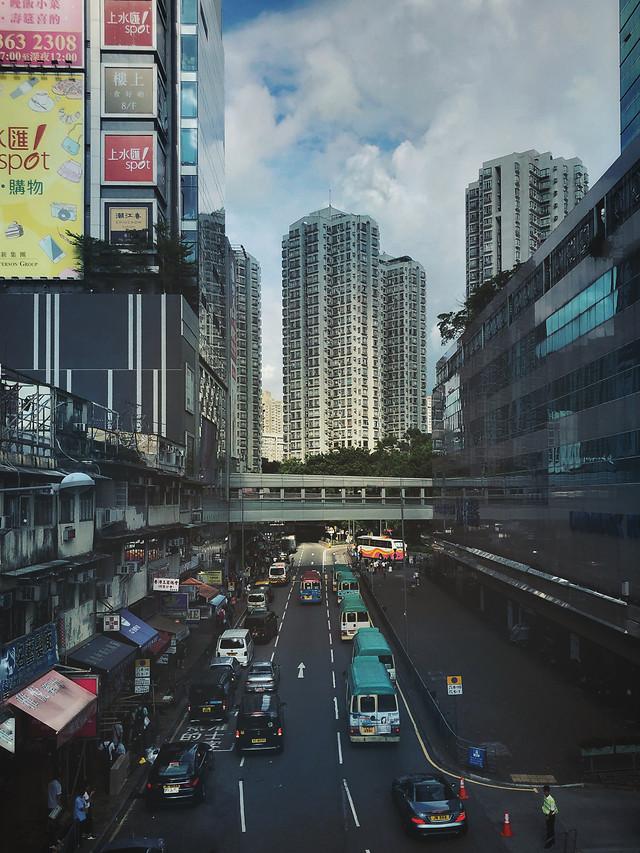 road-metropolitan-area-traffic-city-transportation-system 图片素材